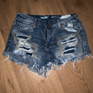 Pants - Distressed denim high rise shorts